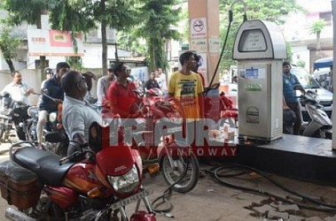 Petrol crisis begins at Agartala. TIWN Pic Sep 23