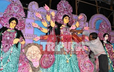 Durga puja preparation on peak at Agartala. TIWN Pic Sep 21